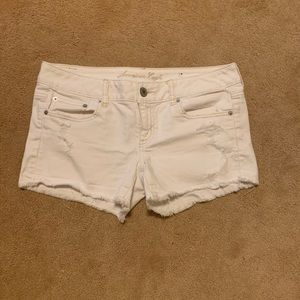 American Eagle white shorts size 8